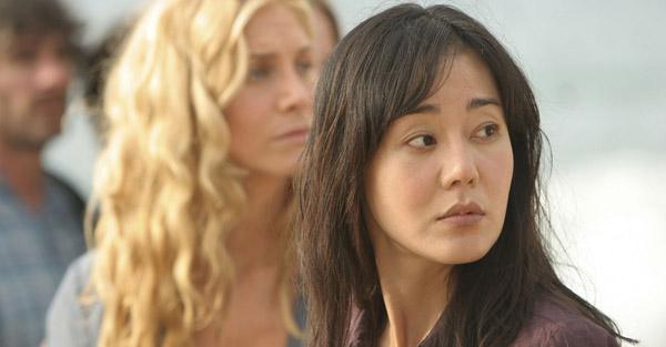 "Elizabeth Mitchell and Yunjin Kim in ""Lost"""