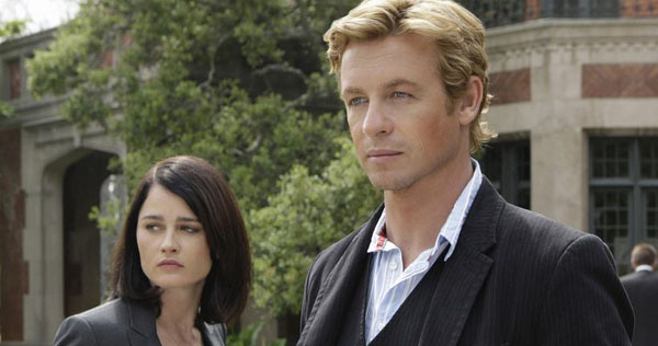 """Robin Tunney and Simon Baker in """"The Mentalist"""""""