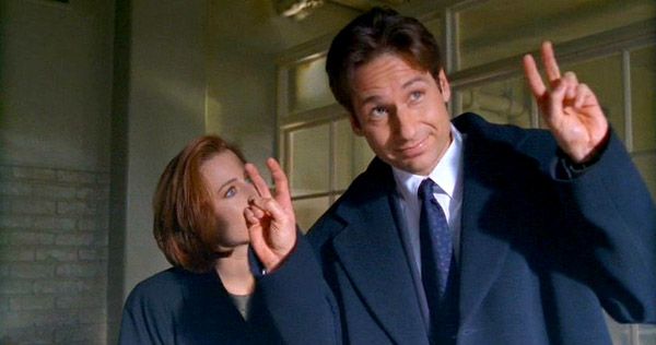 "Gillian Anderson and David Duchovny in ""The X-Files"""